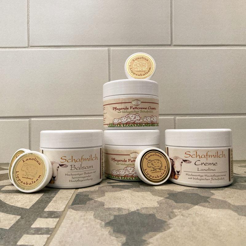 Schafmilch-Creme-Salbe-Lippenpflege-Wollfra
